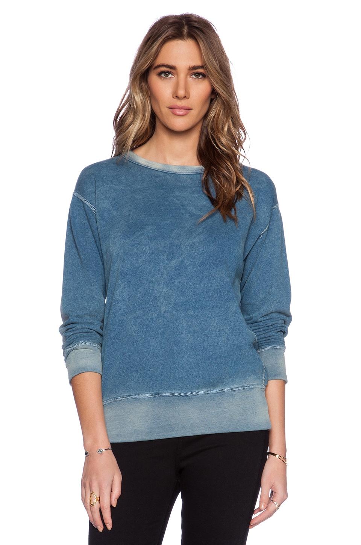 MONROW Chambray Terry Sweatshirt in Denim Wash