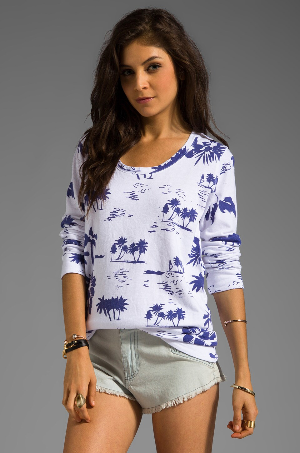 MONROW Hawaiian Print Boyfriend Sweatshirt in White