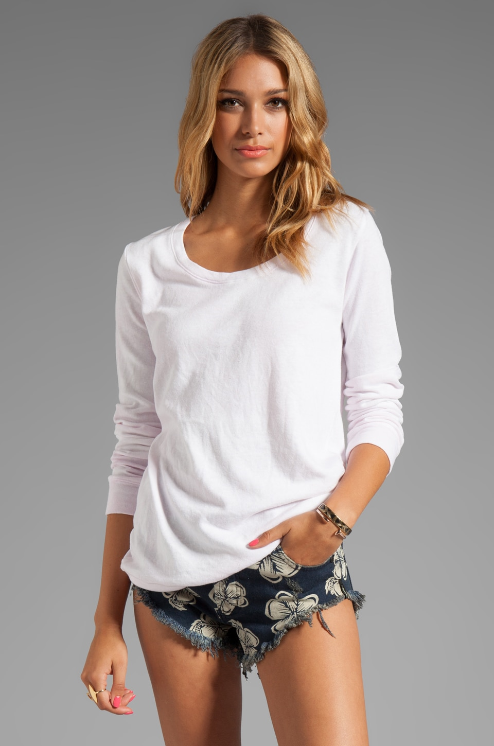 MONROW Sun Beached Boyfriend Sweatshirt in Light
