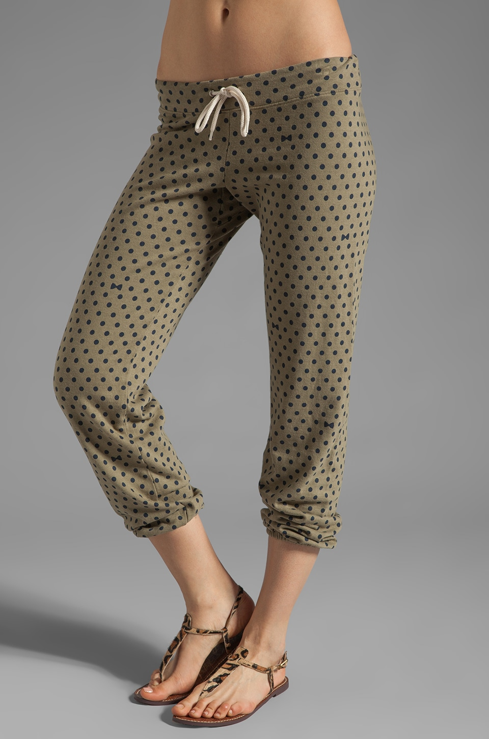MONROW Polka Dot Vintage Sweats in Army