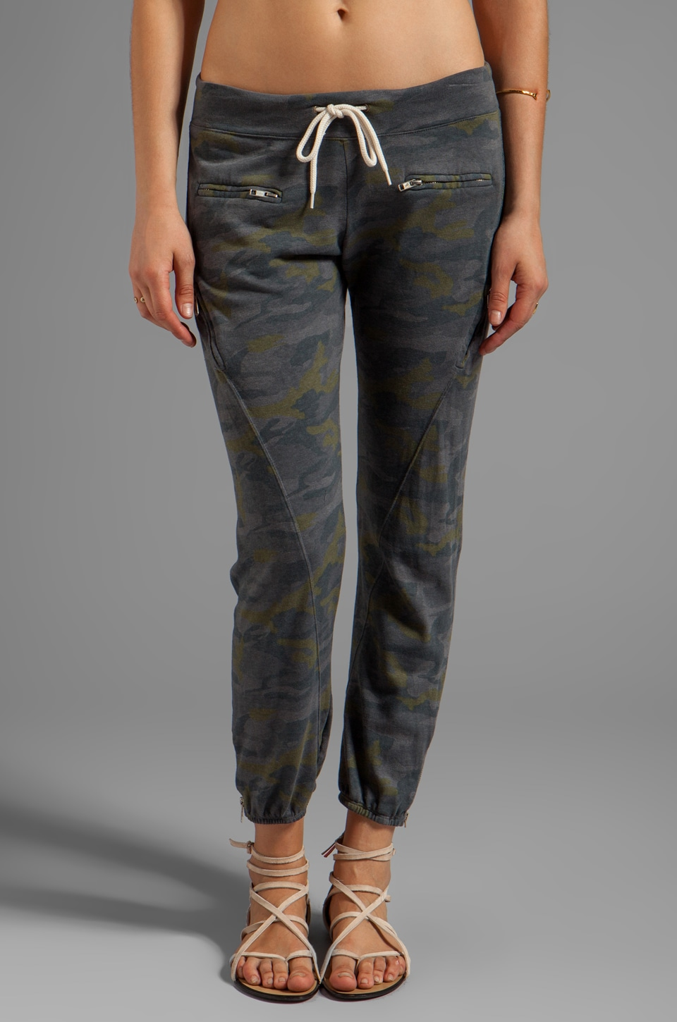 MONROW Camo Zipper Sweats in Smoke