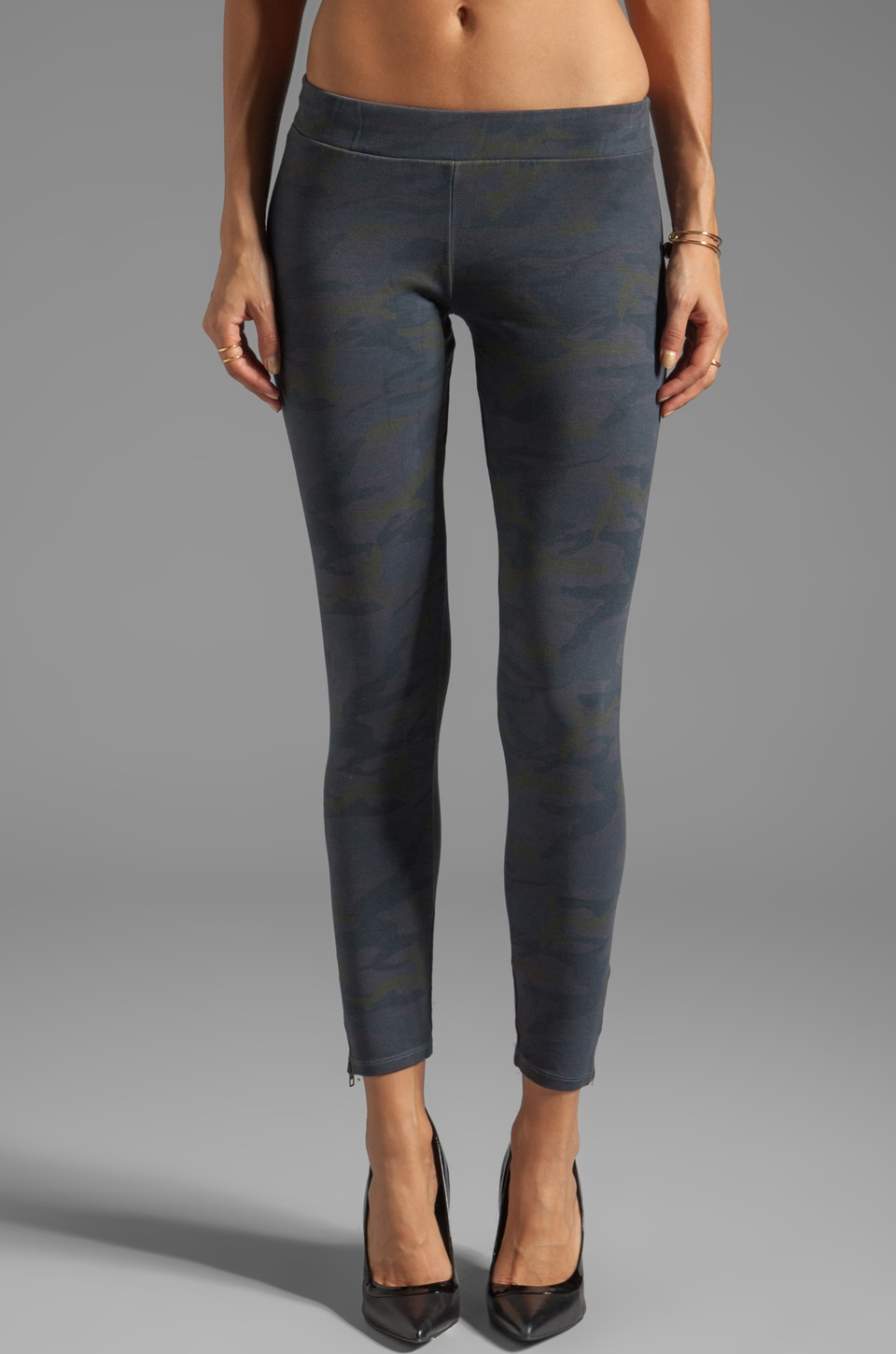 MONROW Camo Leggings in Smoke