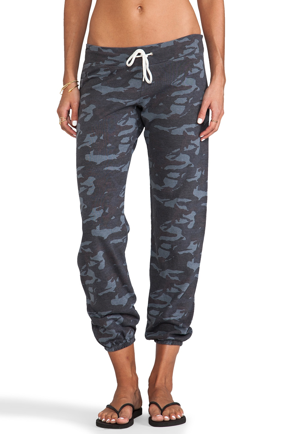 MONROW Camo Vintage Sweats in Black