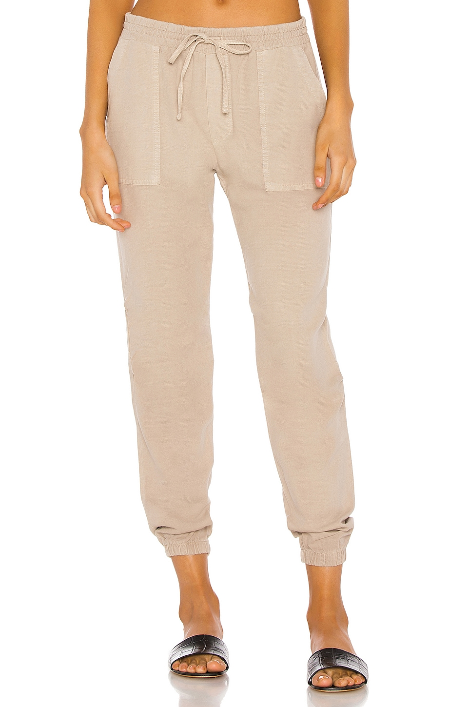 MONROW Patch Pocket Jogger in Dust