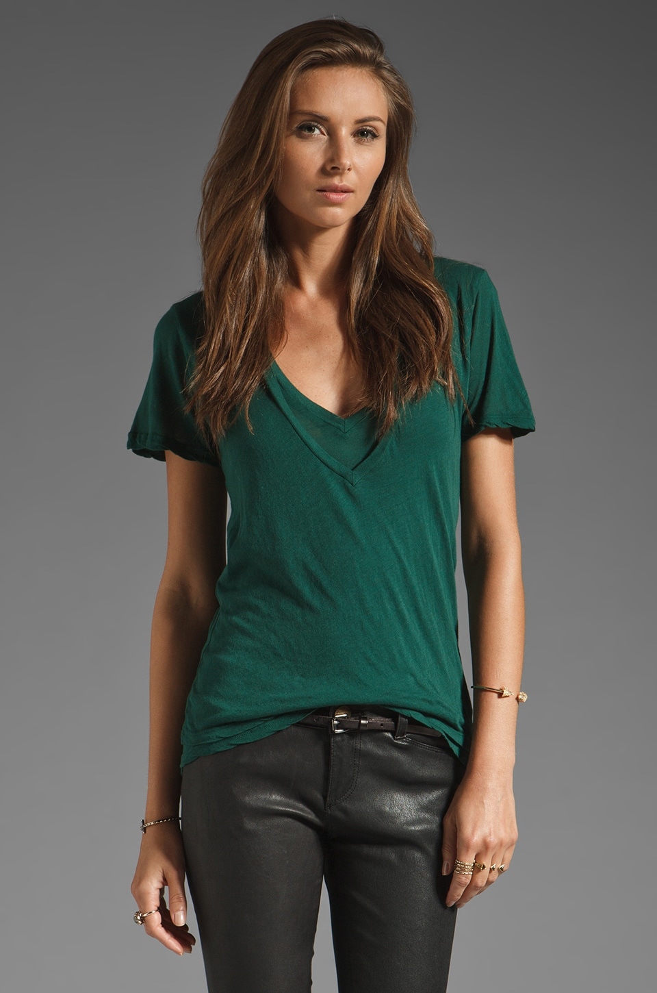 MONROW Double Tissue V Neck Tee in Forest