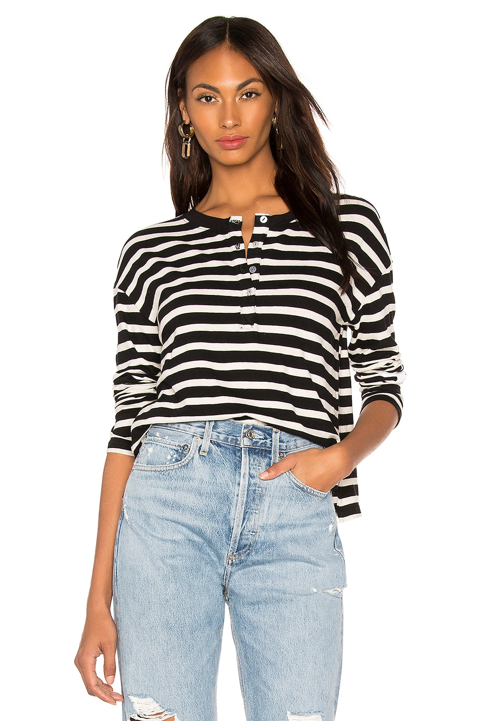 MONROW Slouchy Top Henley in Black/Natural