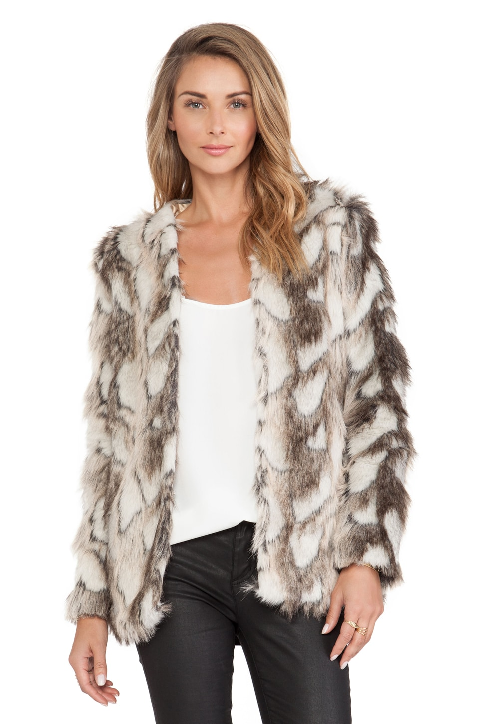 HEARTLOOM Tess Faux Fur Jacket in Fawn