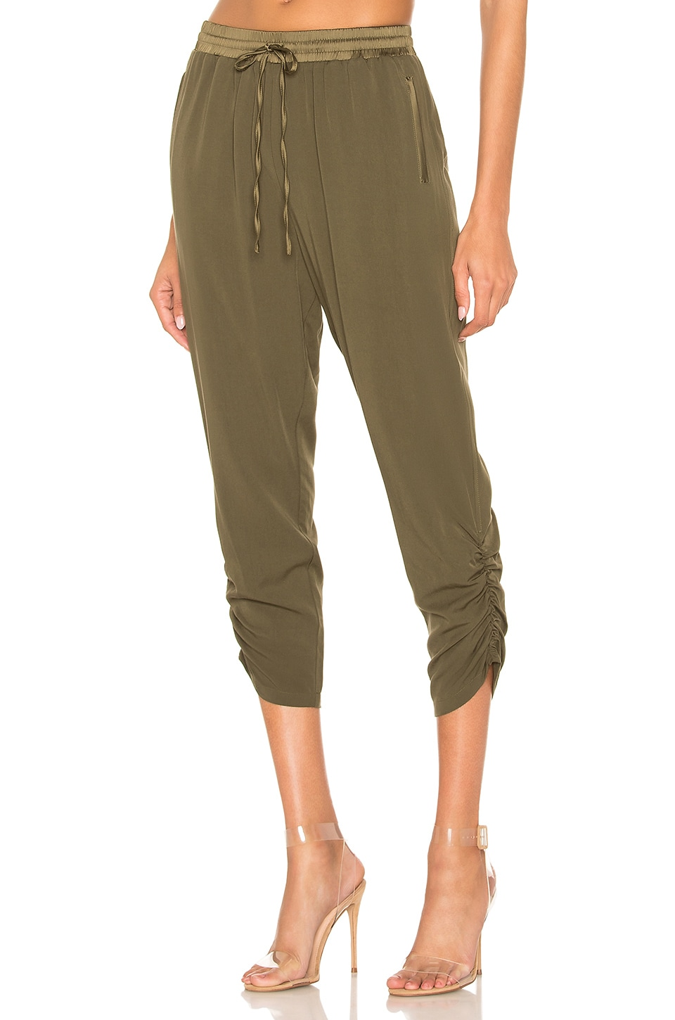 HEARTLOOM River Jogger in Army