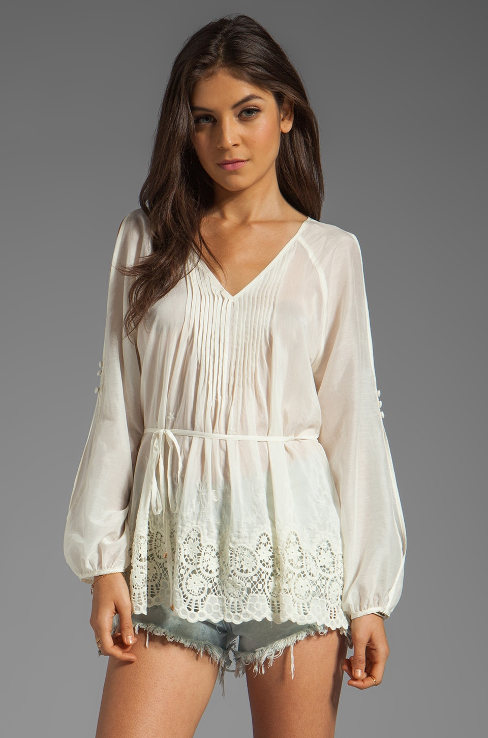 HEARTLOOM Raven Top in Ivory