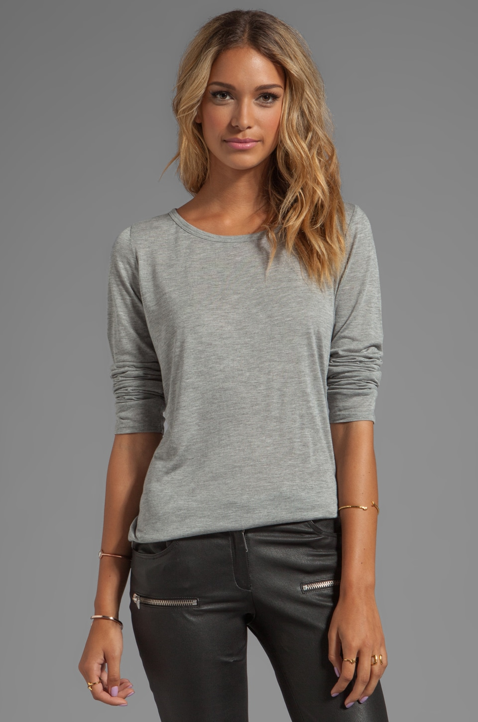 Heather Core Long Sleeve Tee in Light Heather Grey