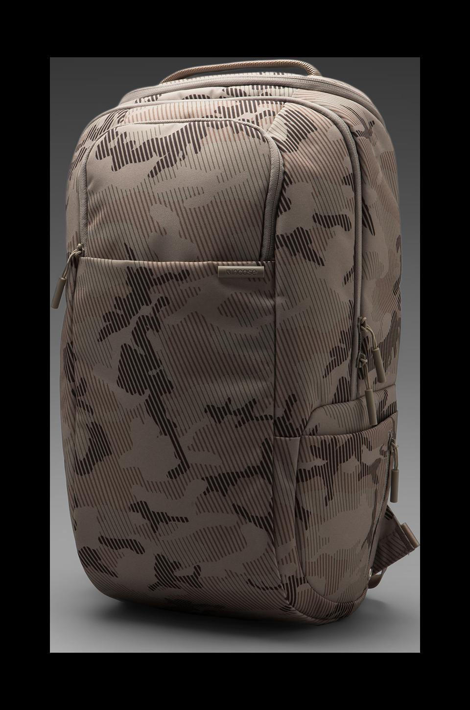 INCASE Capsule DSLR Pro Pack in Dune Metric Camo