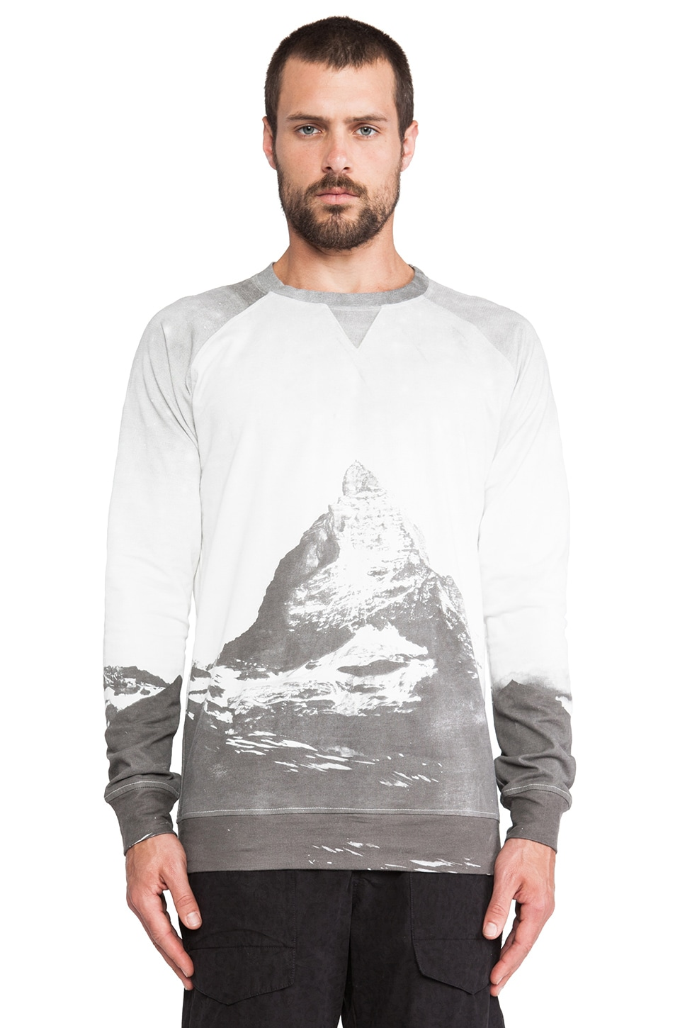 INSTED WE SMILE Mountain Jumper in Grey