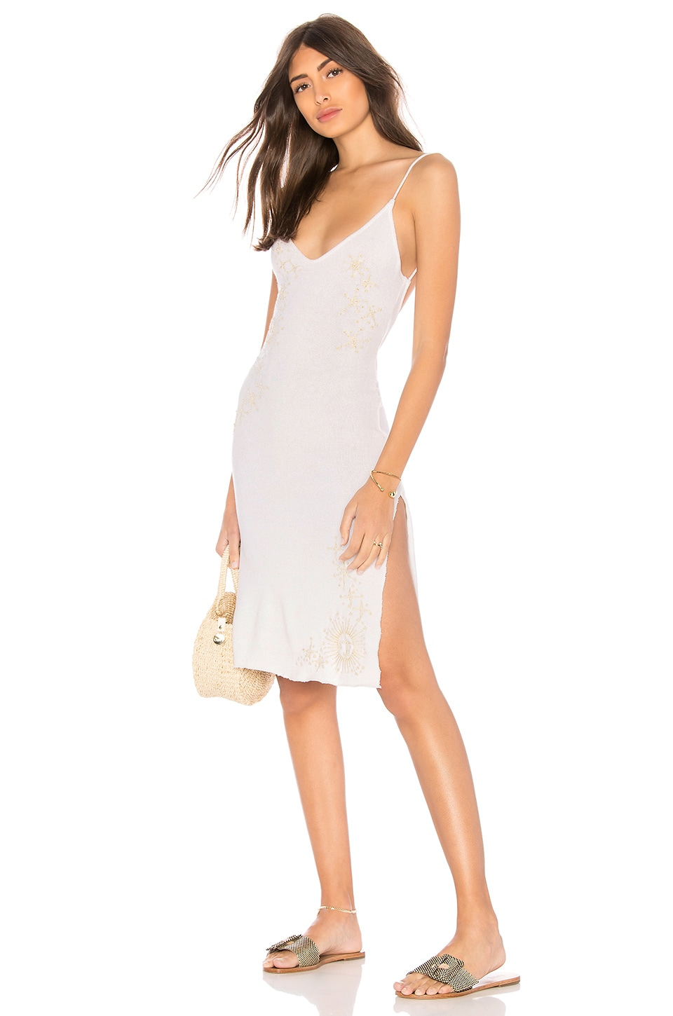 IN YOUR ARMS X Revolve Natuur Dress in White