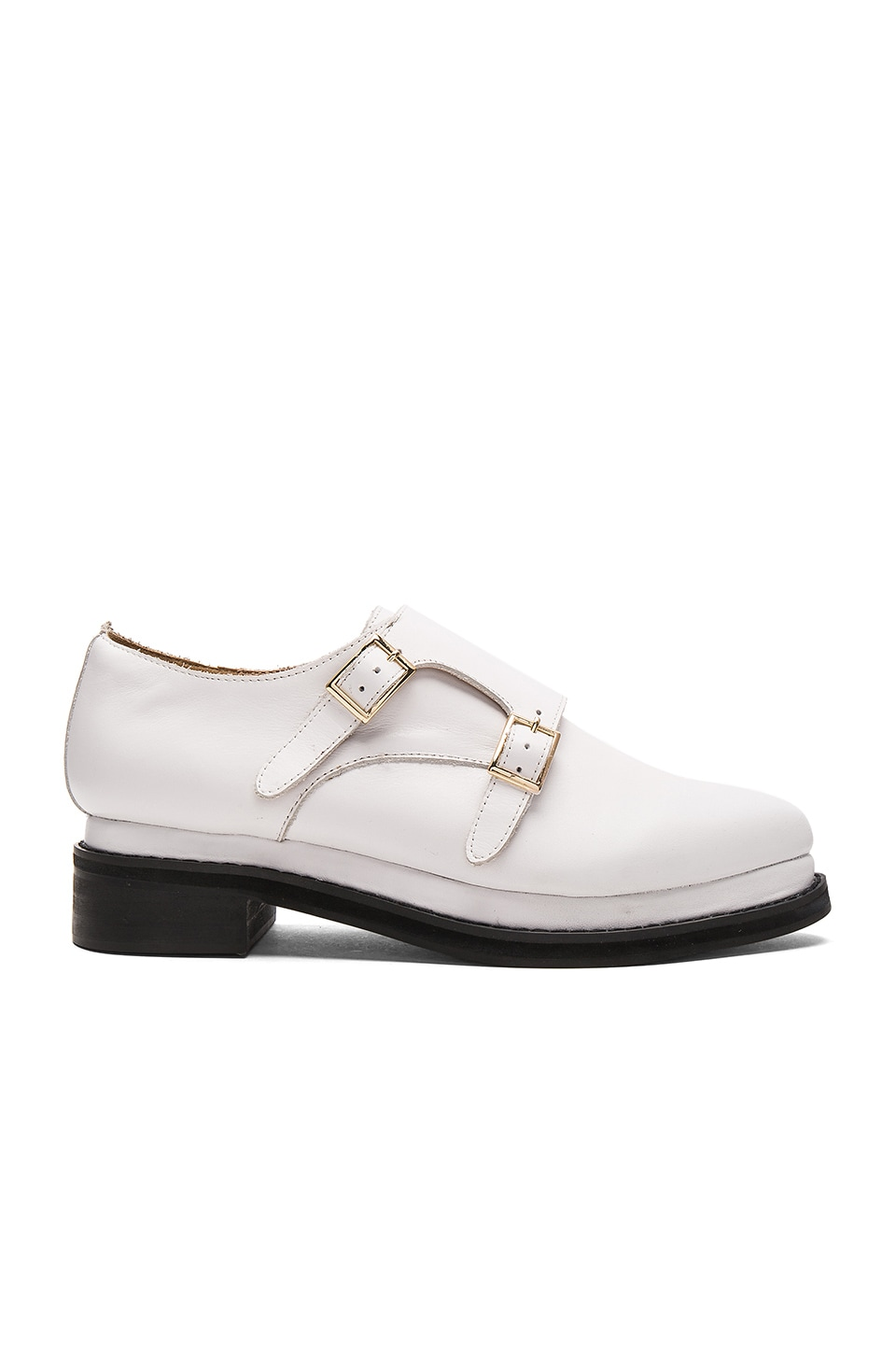 JAGGAR Dualities Flat in White