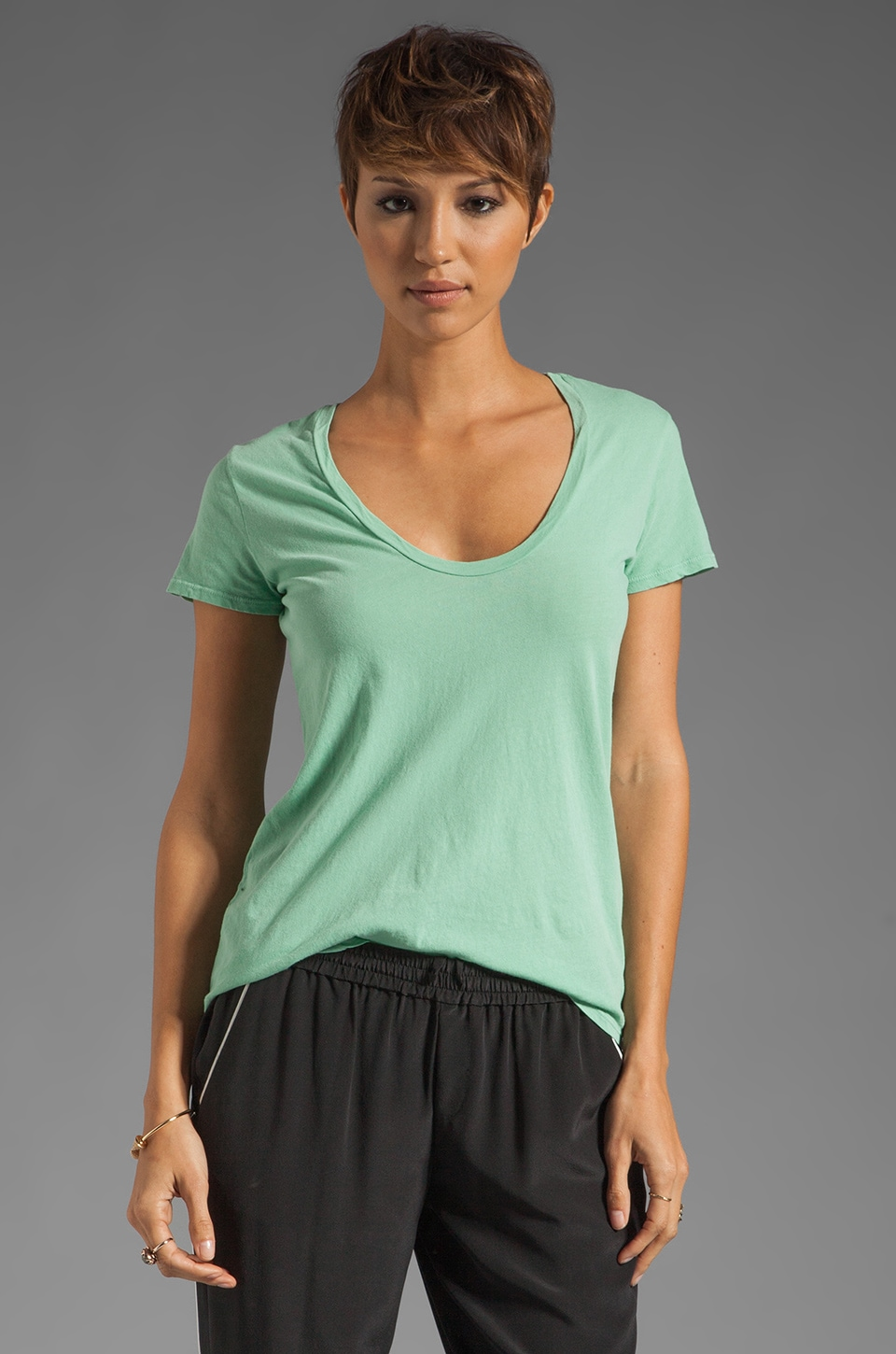 James Perse Short Sleeve Casual Scoop Tee in Spearmint