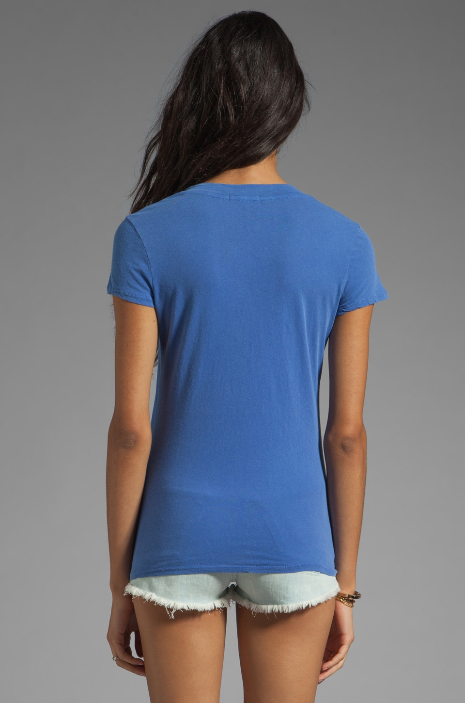 James Perse Short Sleeve Relaxed V-Neck Tee in Bluebell