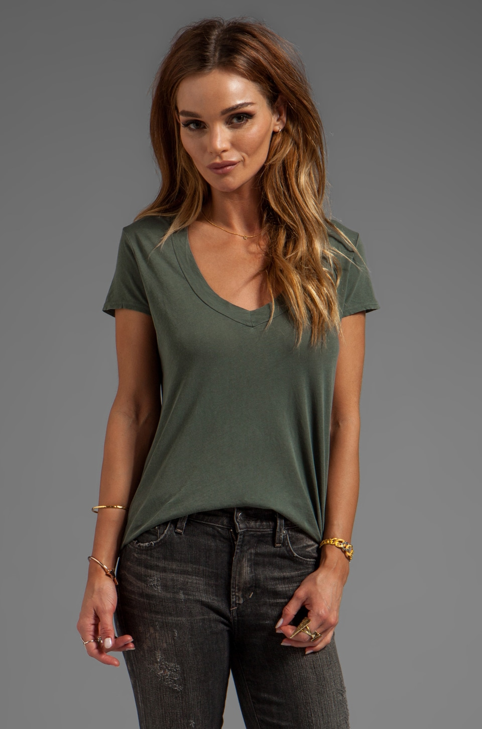 James Perse Relaxed Casual V-Neck in Jungle