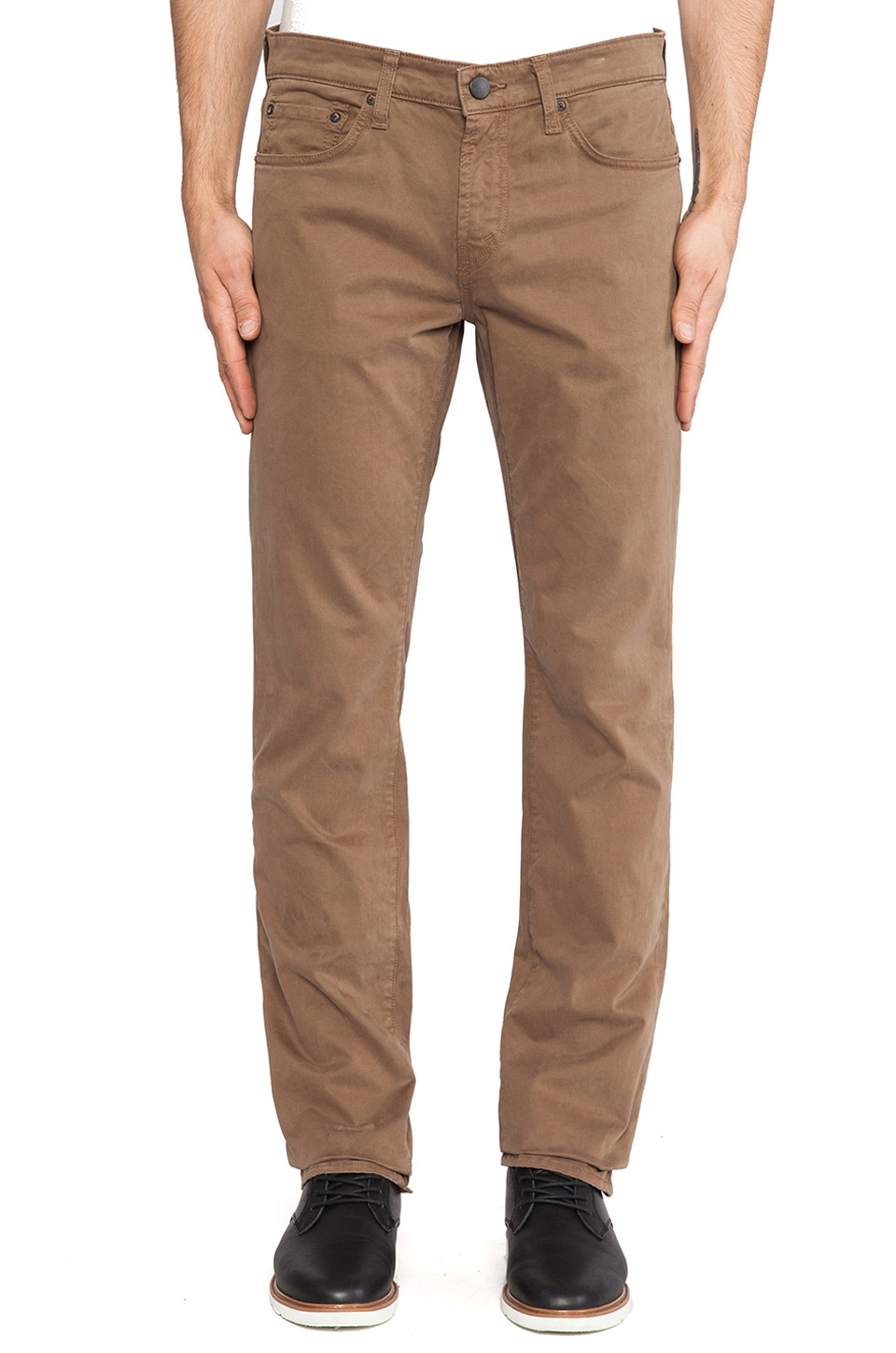 J Brand Kane Twill in Russet