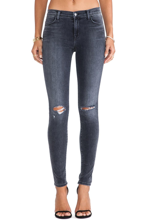 J Brand Super Skinny Jean in Nemesis