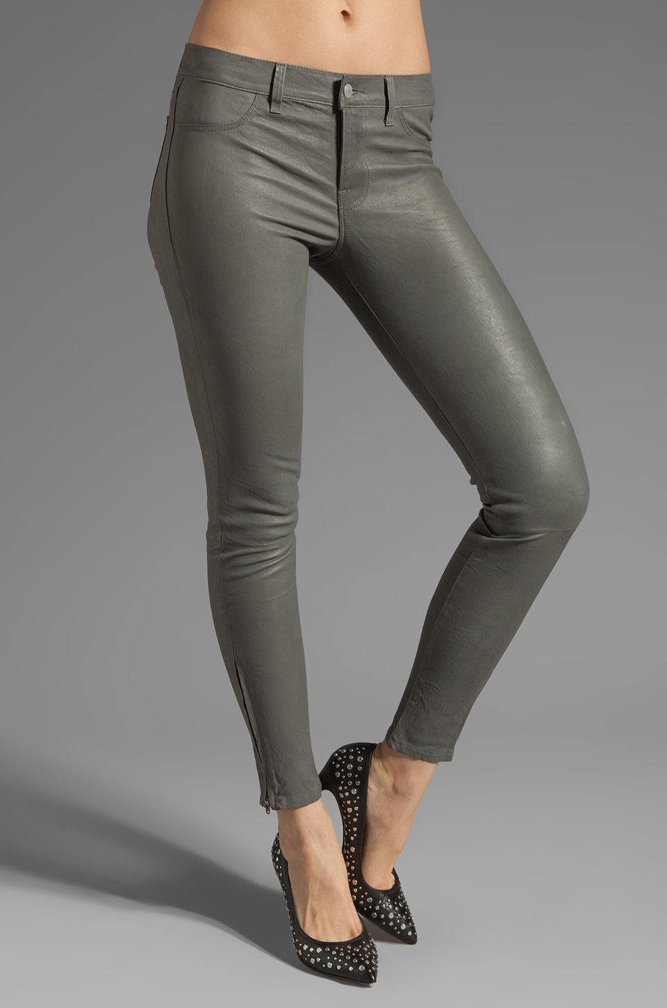 J Brand Super Skinny Leather in Cement