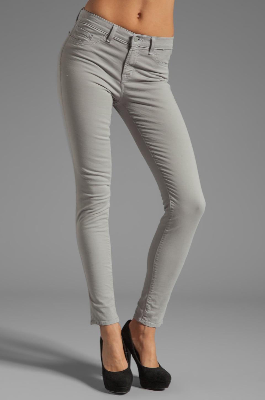 J Brand Jean Skinny taille moyenne en Twill en Limestone