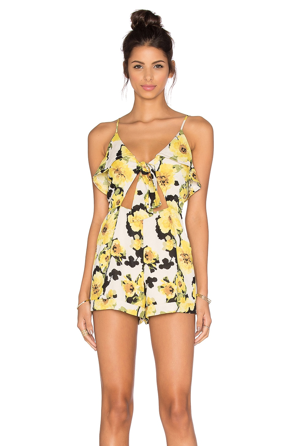 J.O.A. Floral Cut Out Romper en Yellow Multi