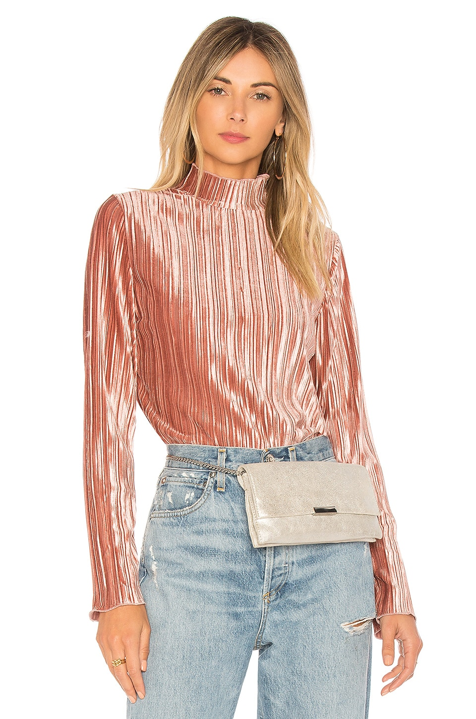 J.O.A. Mock Neck Pleated Top in Pink