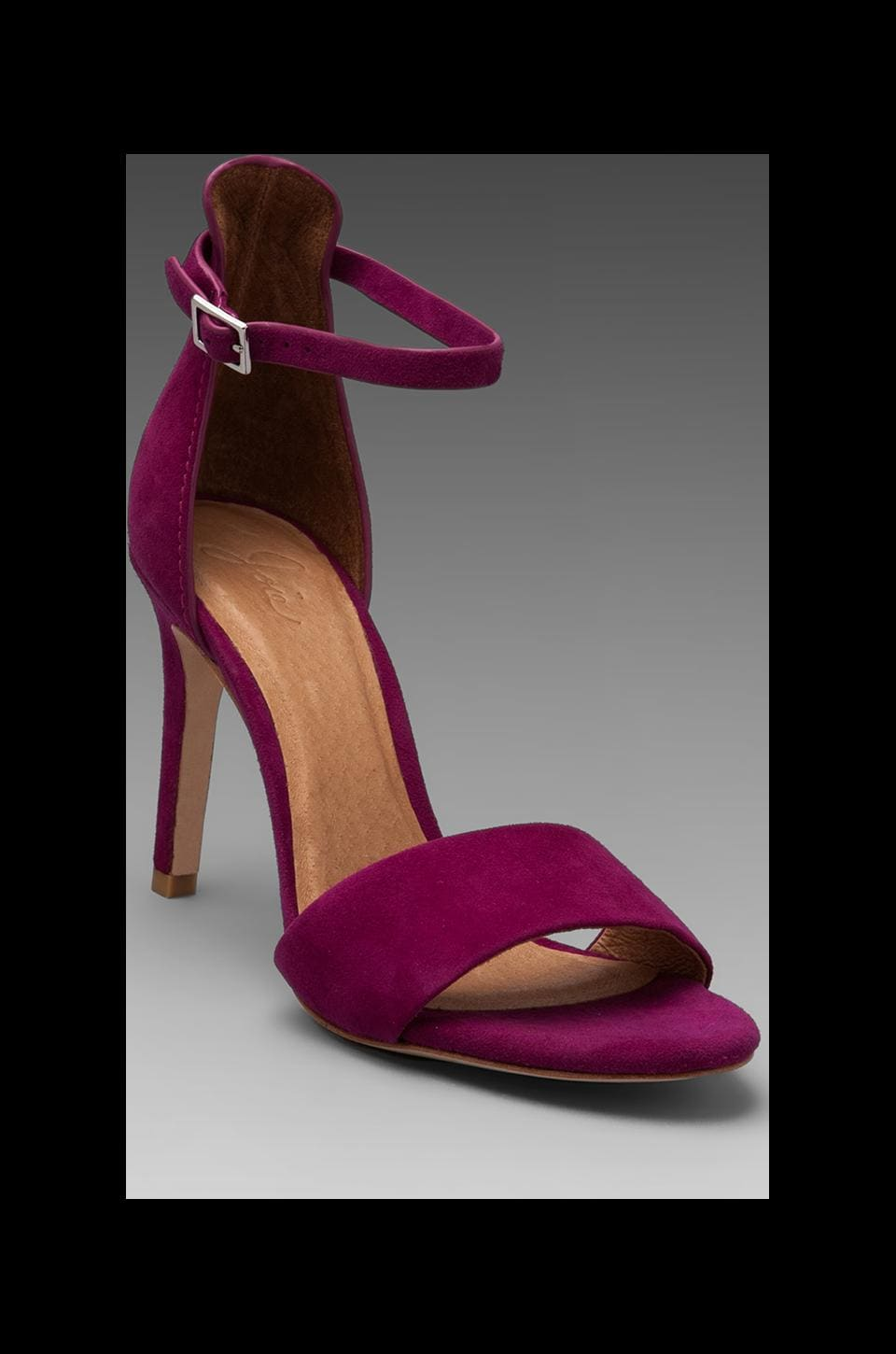 Joie Jaclyn Sandal in Berry