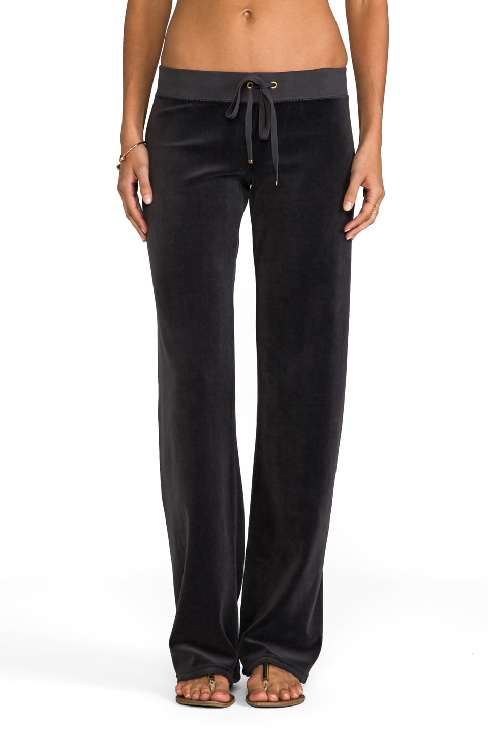 Juicy Couture Classic Velour Original Leg Pant in Top Hat