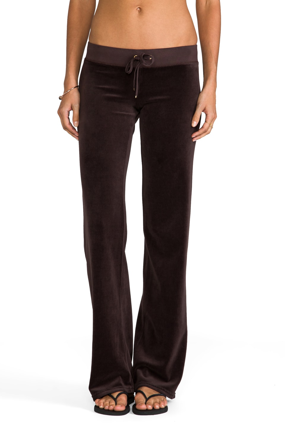 Juicy Couture Classic Velour Original Leg Pant in Chestnut