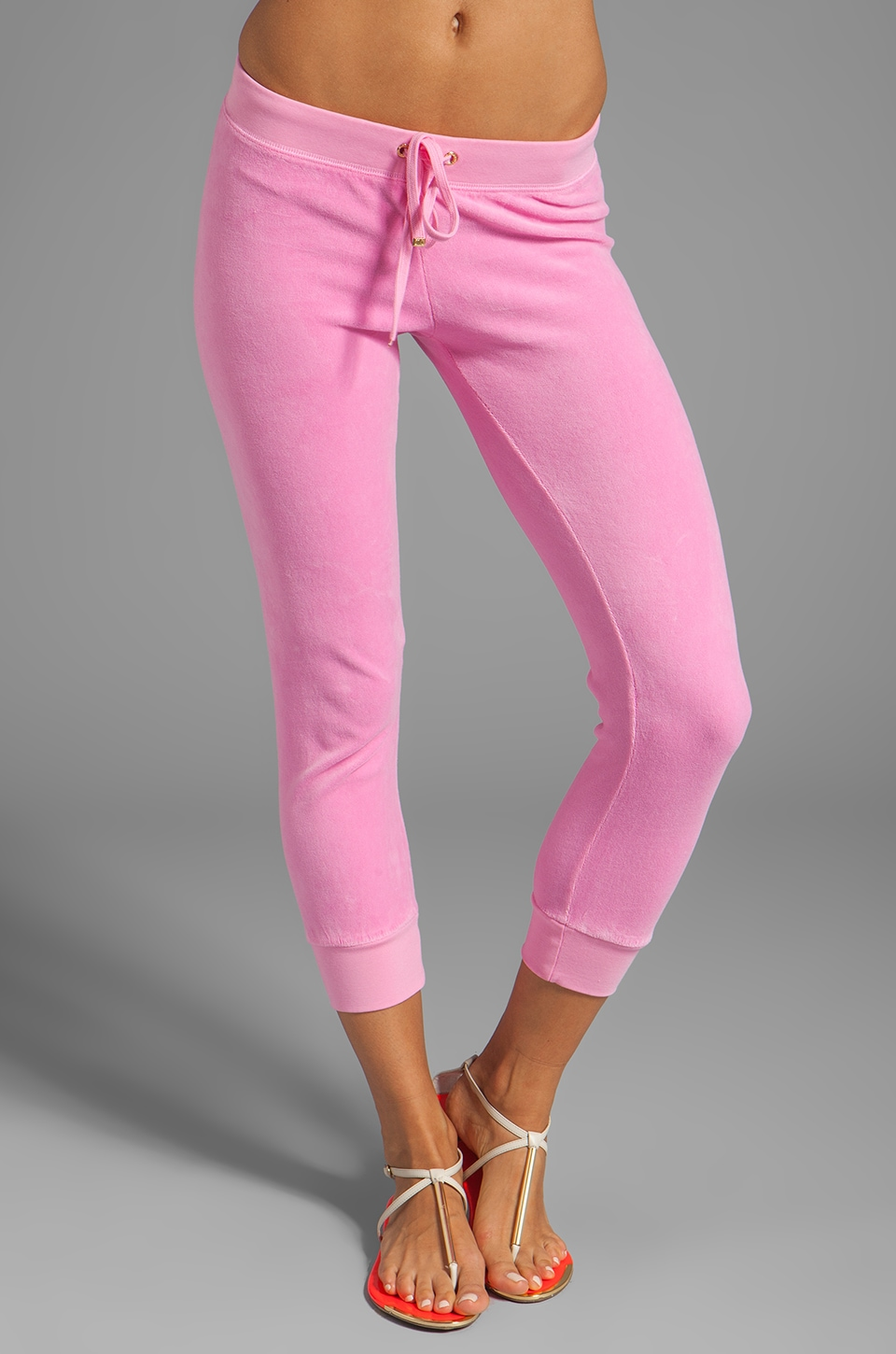 Juicy Couture Velour Capri Sweatpant in Synthetic Pink