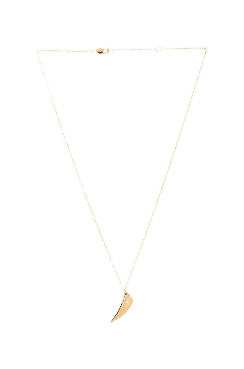 Jennifer Zeuner Hunter Small V Necklace en Jaune