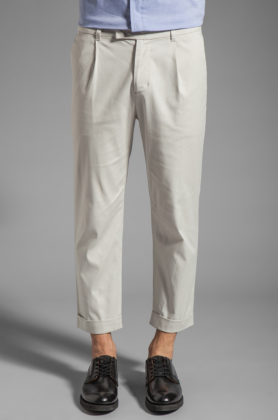 Kai-aakmann Pleated Pant in Light Grey