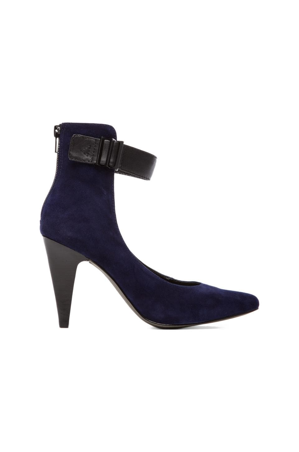 Kelsi Dagger Lareena Heel in Black/Ocean Blue