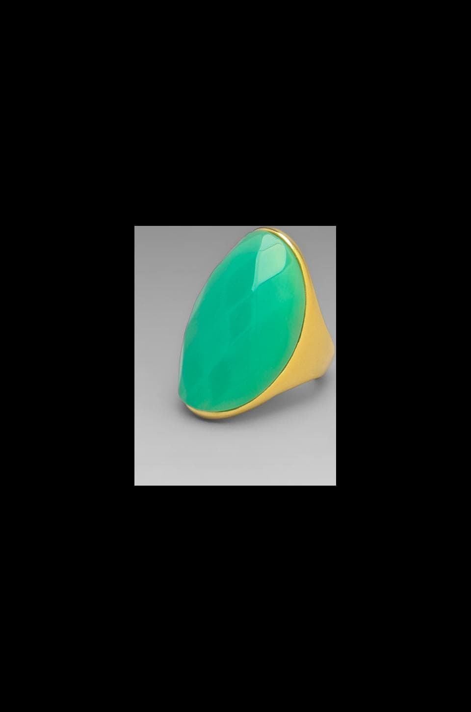 Kenneth Jay Lane Polished Gold and Jade Ring in Light Mint