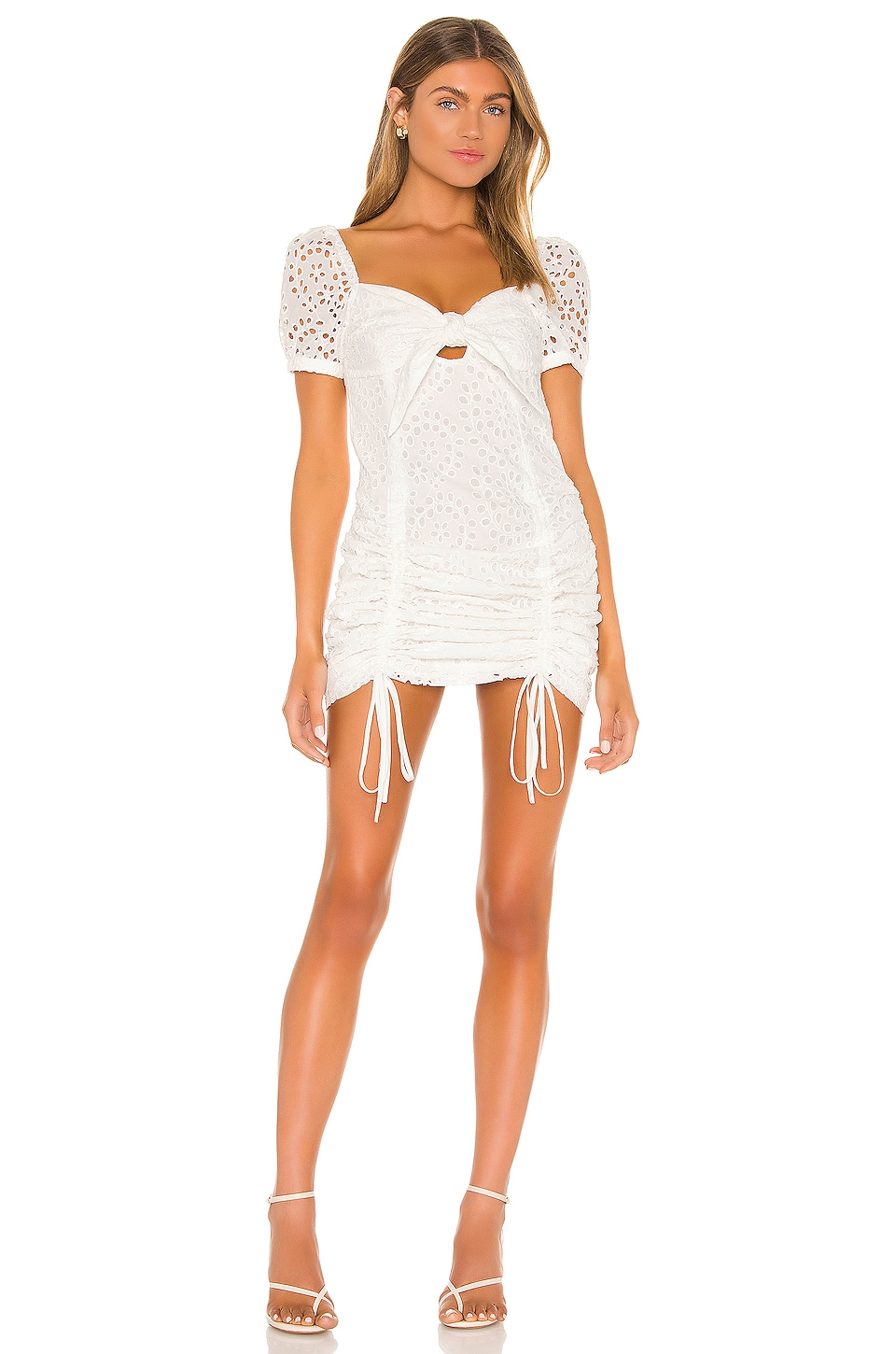 Travel Front Tie Dress             KENDALL + KYLIE                                                                                                                                         Sale price:                                                                       CA$ 75.83                                                                  Previous price:                                                                       CA$ 139.02 2