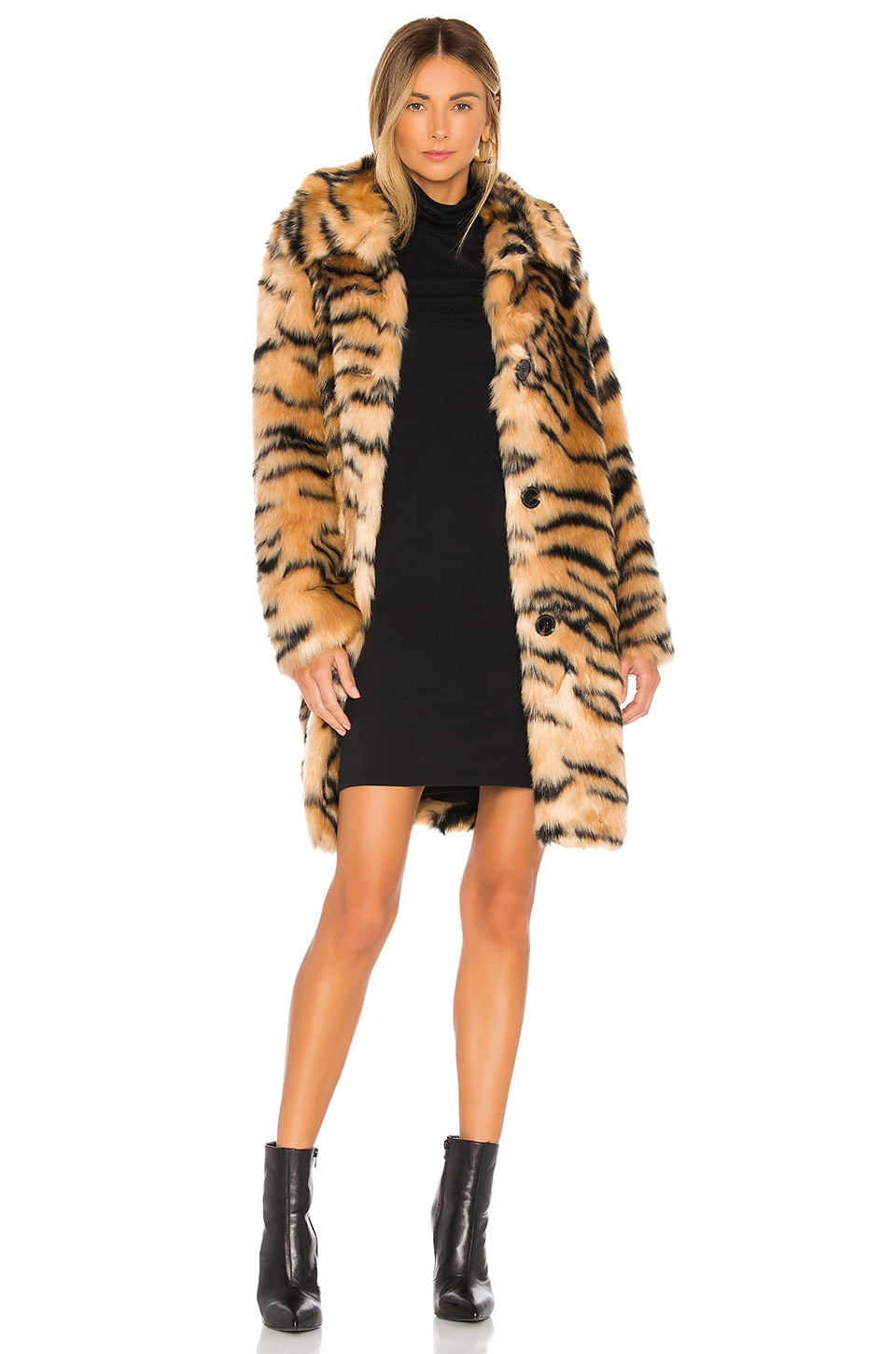 KENDALL + KYLIE Faux Fur Animal Print Coat in Tiger