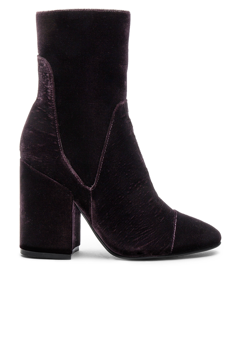 KENDALL + KYLIE Brooke Bootie in Prugna