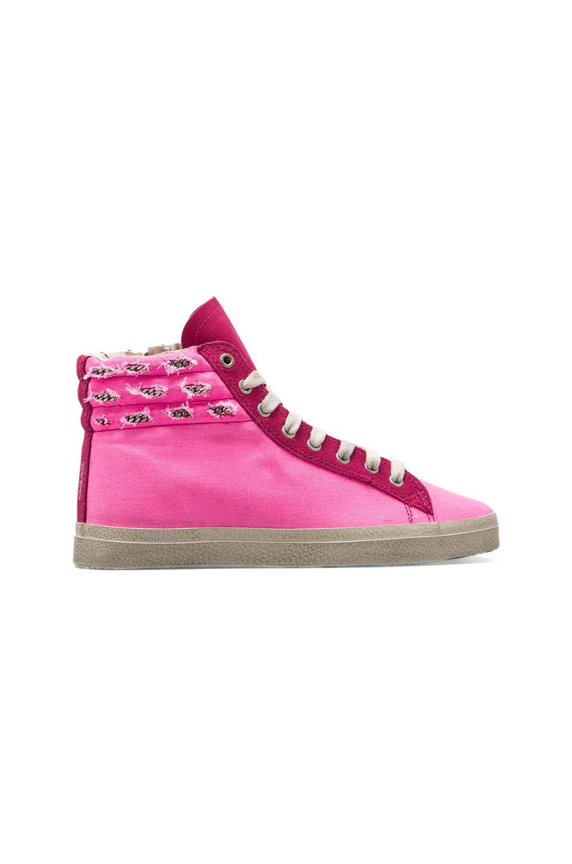 KIM & ZOZI Neon Pink Sneaker in Pink