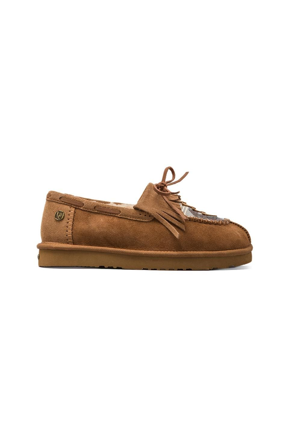 Koolaburra Apatchee Slipper with Twinface Sheepskin in Chestnut/Deco Canvas