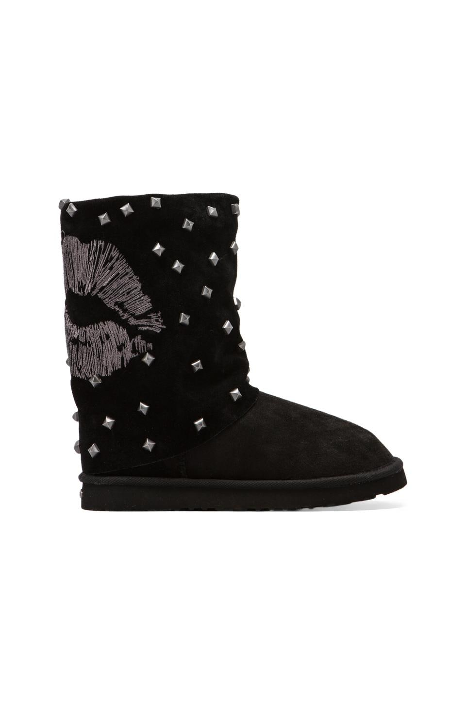 Koolaburra x Lauren Moshi Lips Boot with Twinface Sheepskin in Black