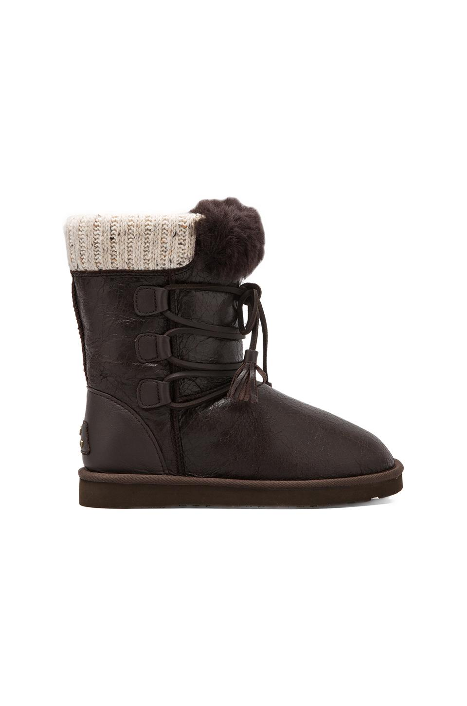 Koolaburra Brinley II Boot with Twinface Sheepskin in Cappuccino Distressed