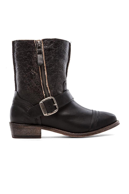 Koolaburra Duarte Boot with Fur in Black