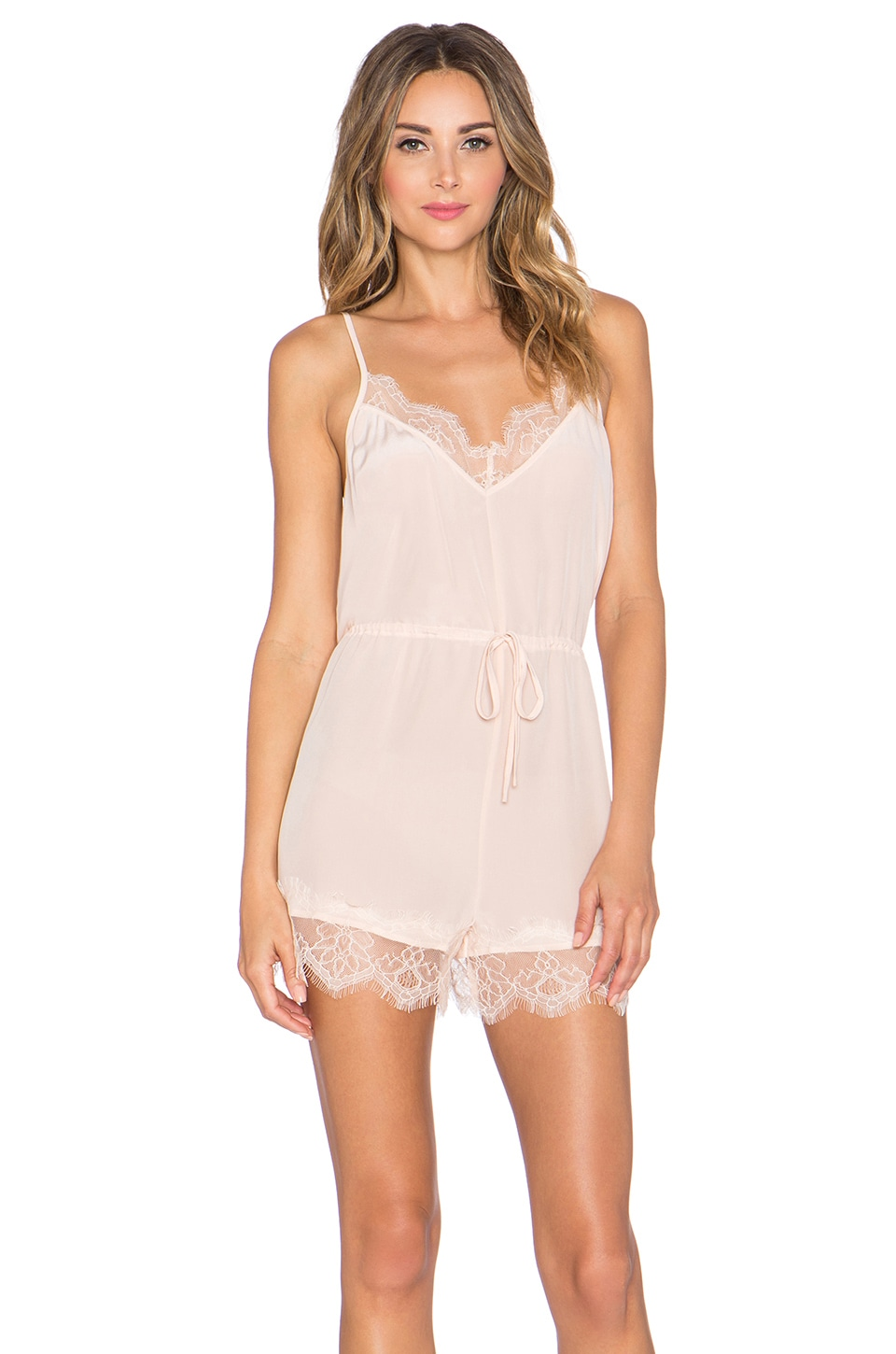 LOFT provides women with the sophisticated and fashion-forward clothing and apparel they needs. LOFT is a division of Ann Taylor offering dresses, seperates, shoes, and accessories to help you create a fresh look from head to toe.