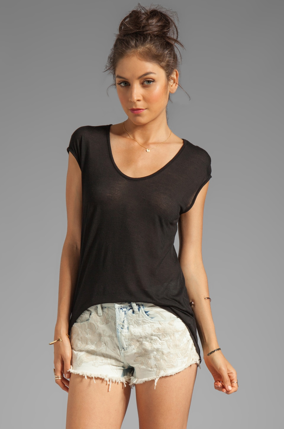 LA Made Viscose Jersey Scoop Neck Tee in Black