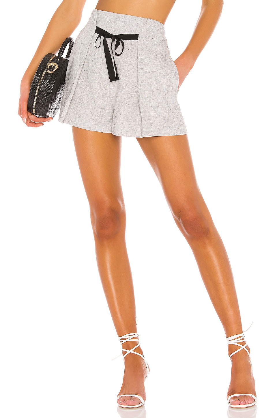L'Academie The Bilo Short in Black & White
