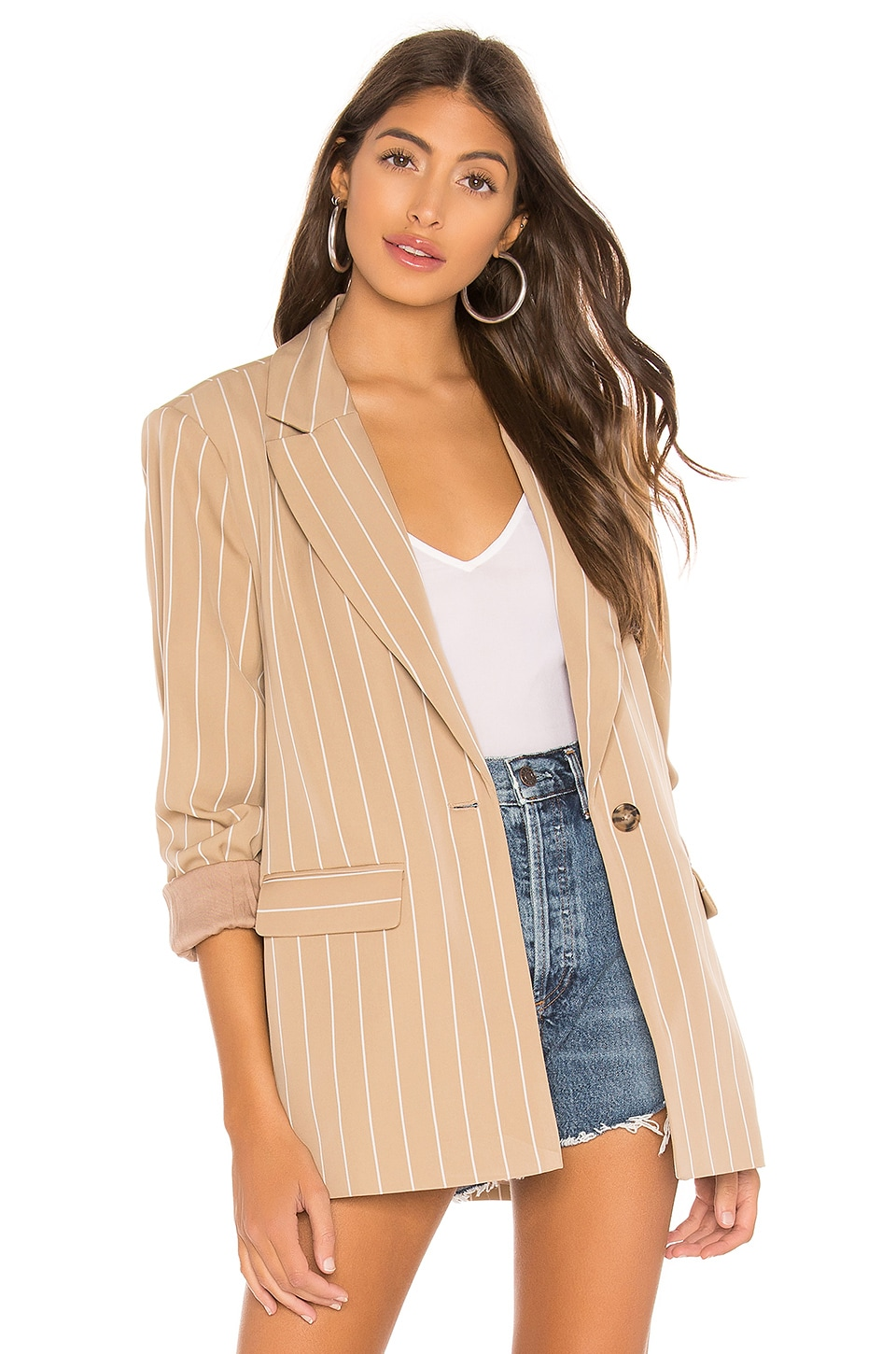 L'Academie The Jeanette Blazer in Beige & White