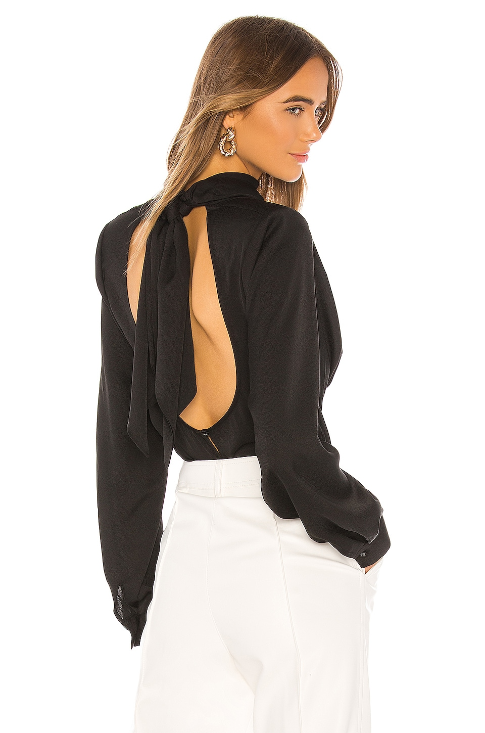 L'Academie The Chery Top in Black