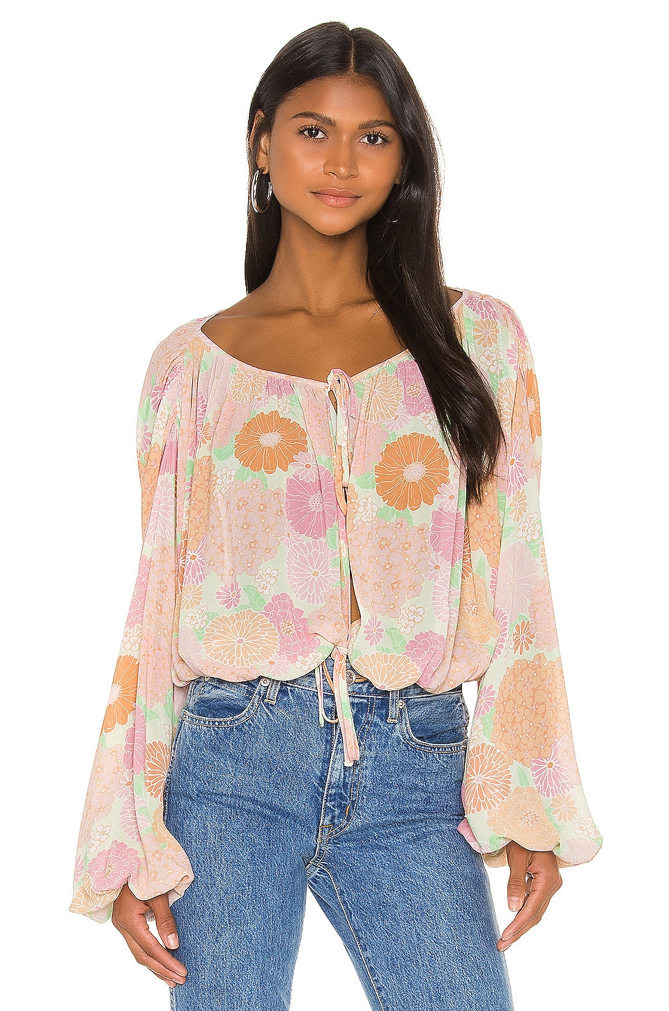 L'Academie The Alayna Top en Peach Floral