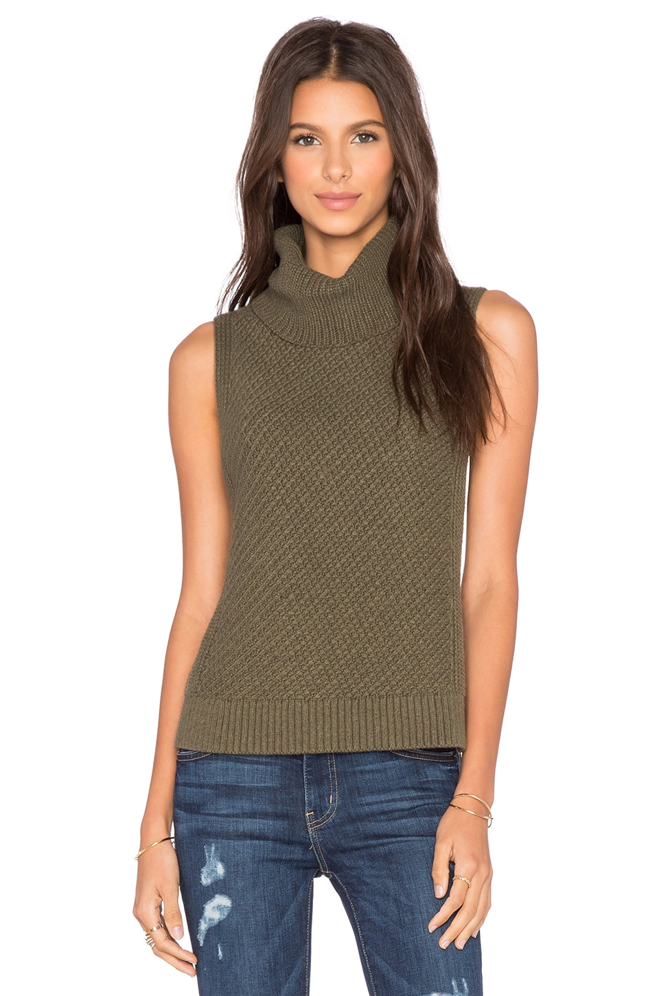 LEO & SAGE Sleeveless Turtleneck Sweater in Fern